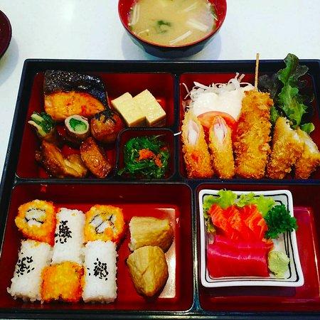 Set photo de fuji japanese restaurant chiang mai for Accord asian cuisine menu