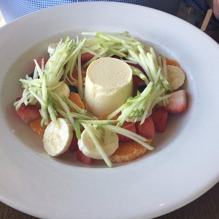Parkdale, ออสเตรเลีย: Fruit salad