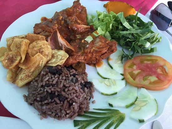 Restaurante Dona Nora, Cienfuegos - Restaurant Reviews, Photos