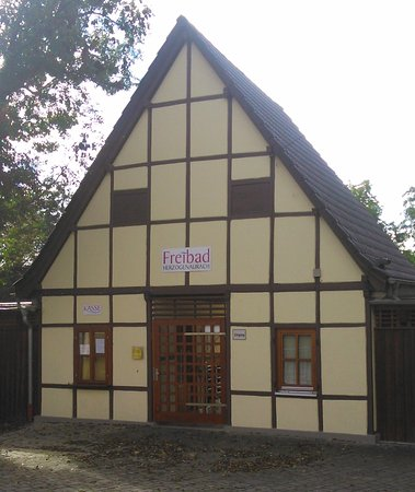 Herzogenaurach, Alemania: Enterance