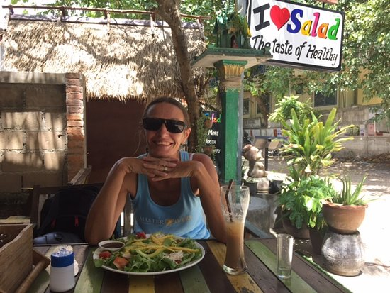location at i love salad in chalok baan kao