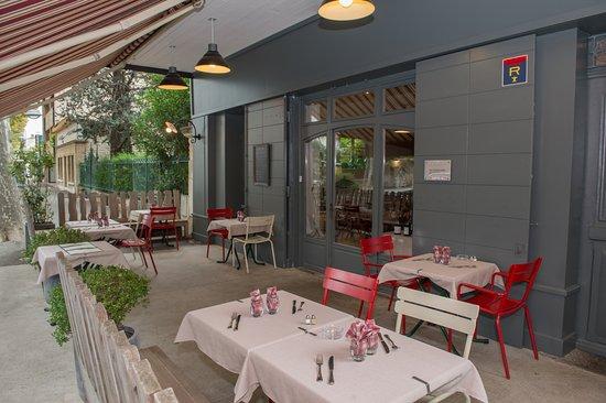 Restaurant l 39 estive salon de provence restaurantbeoordelingen tripadvisor - Restaurant indien salon de provence ...