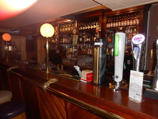 Rossnowlagh, Irlanda: bar area off from lobby