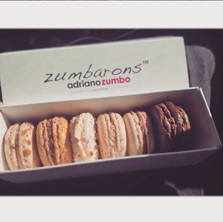 Waverley, ออสเตรเลีย: got these 6 flavor macarons for take away