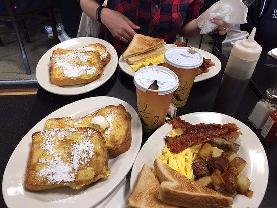 Winthrop, MA: Супер-пупер завтрак!