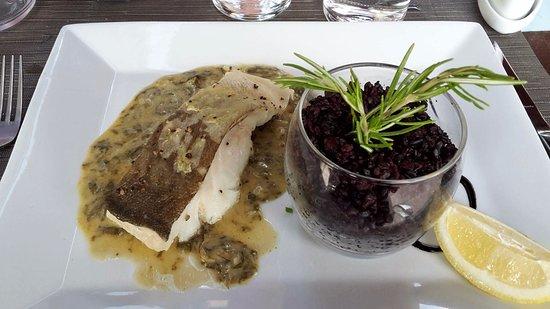 Perols, Frankrike: The fish was very moist!