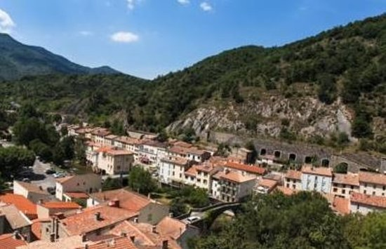 Axat town and starting point for rafting adventures down the Aude