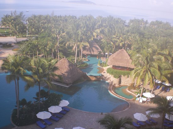 Holiday Inn Resort Sanya Bay: Pool view room