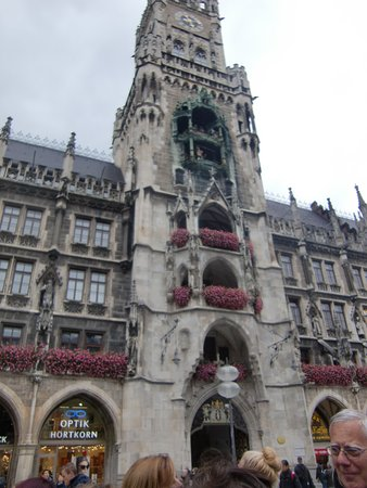 Neues Rathaus: Glockenspiel at the New City Hall