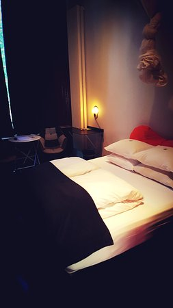 Mauro Mansion: Super comfortable bed
