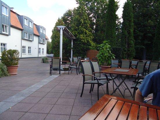 Parkhotel Altes Kaffeehaus: terrasse