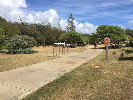 Wailua, Havai: Picture of walking, biking, jogging paths - Lydgate Park