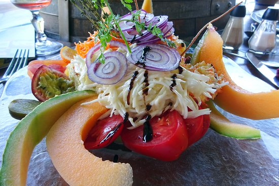 Relais de la Schliff: wat mooi : diverse crudites (groentes en fruit)