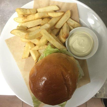 Glenelg, Australia: Crema burger