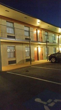 Best Western Inn: Outside entry
