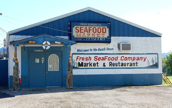 Saint Albans, Virgínia Ocidental: Fresh Seafood Market located beside Ventura Lanes in St. Albans, WV