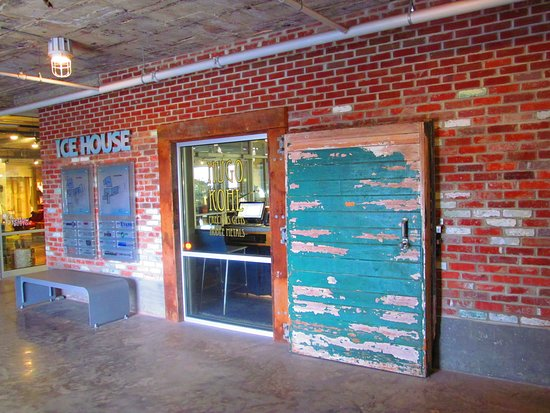 Museum Of American Jewelry Design And Manufacturing: Outside Of Boutique  Showing Old Ice House Doors