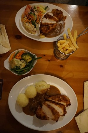 Killorglin, Irlanda: Dinner at Bunker's