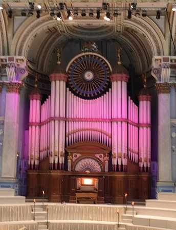 "Henry ""Father"" Willis Organ-Huddersfield Town Hall-lunchtime concerts"
