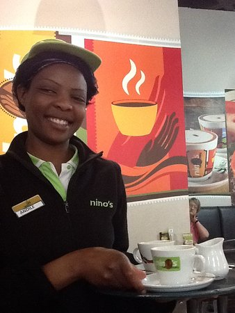 Randburg, Afrika Selatan: Our waitress