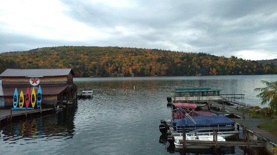 Holderness, NH: View beside the restaurant