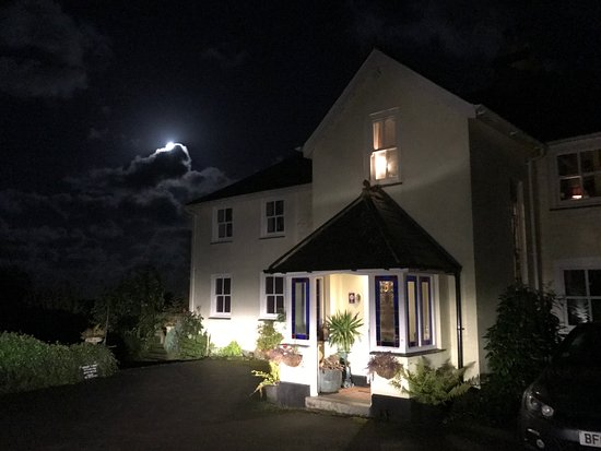 Dittisham, UK: Moonlight at Downton
