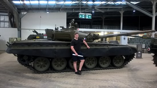 Smithfield, Austrália: They have big tanks!