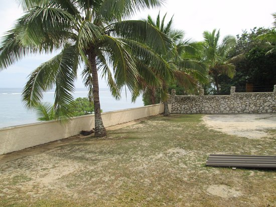 Tongatapu Island, مملكة تونجا: ホテルの中庭