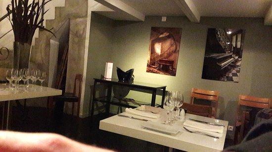 Le Volodia : salle de restaurant