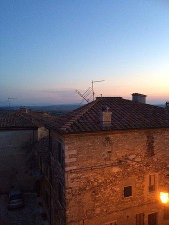 Serre di Rapolano, Italia: From my room