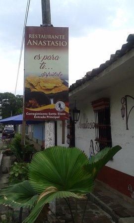 Santa Elena, Kolombia: Entrada de Anastasio!!