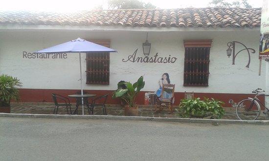 Santa Elena, Kolombia: Fachada de Anastasio