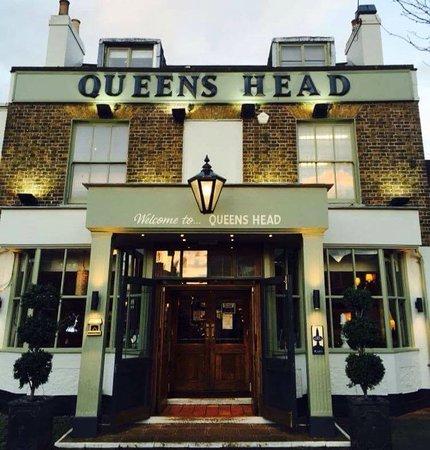 the queen 39 s head chislehurst 2 high st restaurant. Black Bedroom Furniture Sets. Home Design Ideas