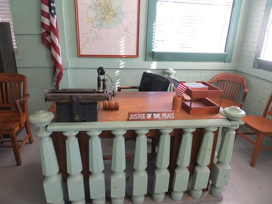 Mount Airy, Carolina del Norte: Just like Andy's desk