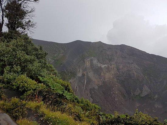 Province of Cartago, كوستاريكا: Crácter