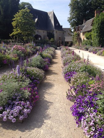 Centre-Val de Loire, Frankrike: Formal flower beds