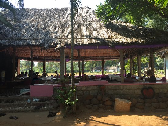 Gopi Island Guest House Hampi