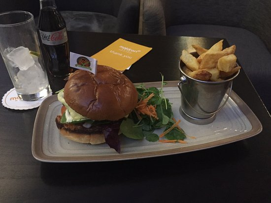 Cloghran, Irlandia: burger from bar