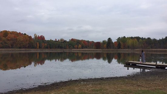 Howes Cave, NY: Scenic lake