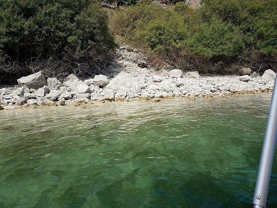 Kournas, Griekenland: Views from on the pedalos.