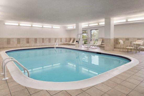 hampton inn zanesville updated 2017 hotel reviews. Black Bedroom Furniture Sets. Home Design Ideas