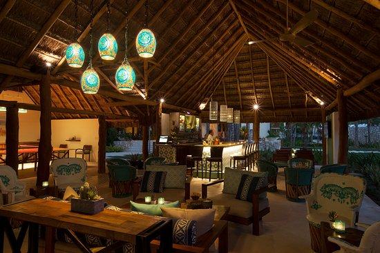 Mahekal Beach Resort Boli S Bar