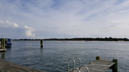 Beaufort, Carolina del Norte: View from the patio seating area.
