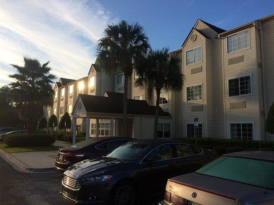 Jacksonville Plaza Hotel & Suites Photo