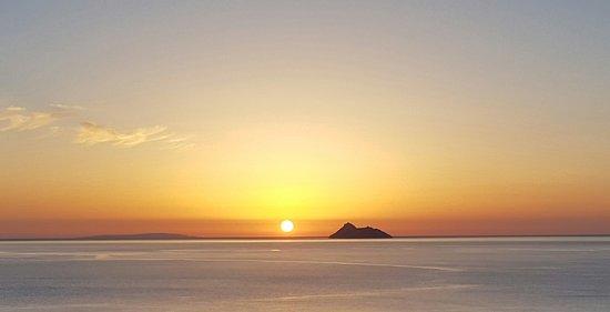 Alexander Beach Hotel: Sonnenuntergang