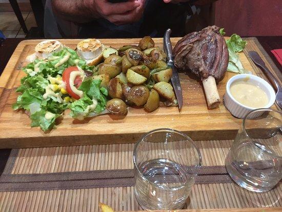 Lamorlaye, France: La Paysanne