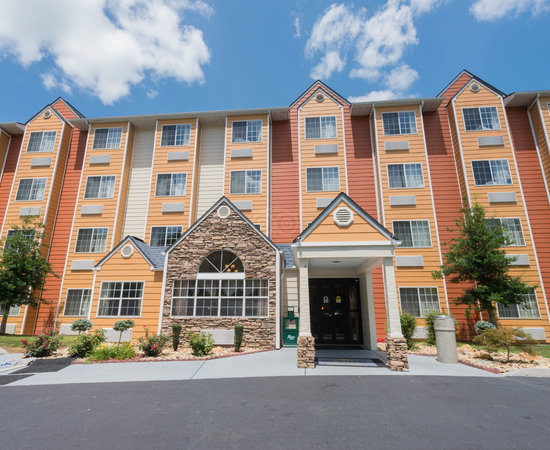 microtel inn suites by wyndham pigeon forge updated. Black Bedroom Furniture Sets. Home Design Ideas