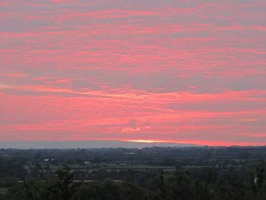 Axbridge, UK: Sunset from Hotel