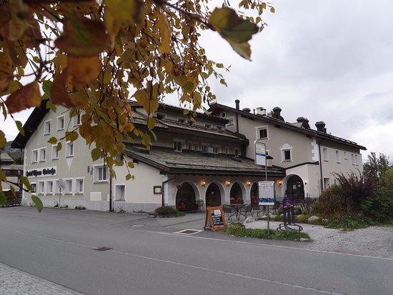 Hotel Chesa Grischa: L'hotel...