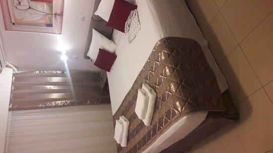 Hotel Galaxias: IMG-20161016-WA0000_large.jpg